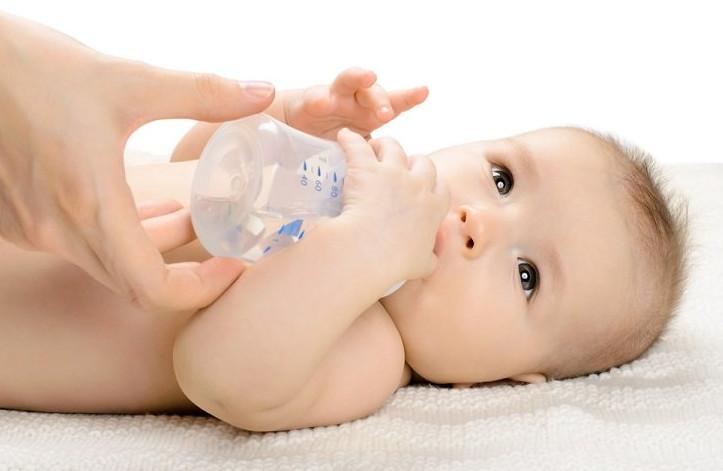 متى يشرب الرضيع اليانسون و اهم فوائد اليانسون للرضع