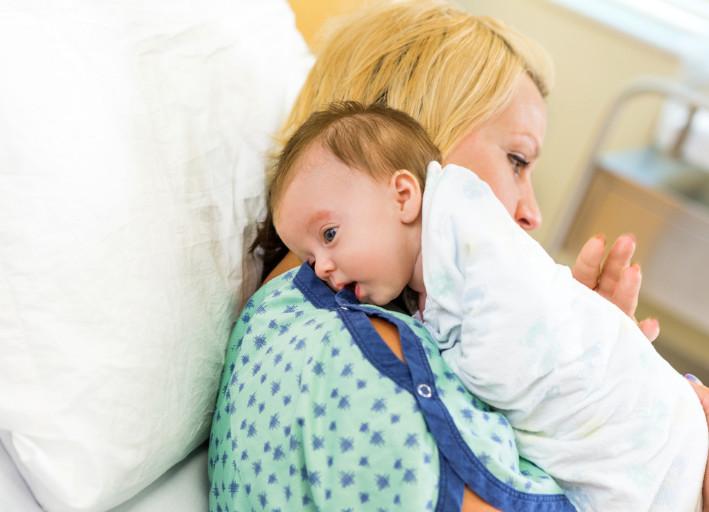 علاج الغازات عند الاطفال حديثي الولادة بالاعشاب