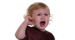 علاج التهاب الاذن للاطفال مجرب بالثوم