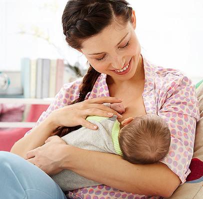 متى ارضع طفلي بعد الولادة القيصرية