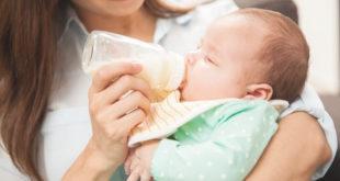 خلط البابونج مع الحليب للرضع