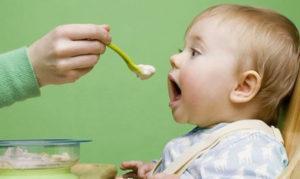 غذاء الطفل في الشهر الخامس