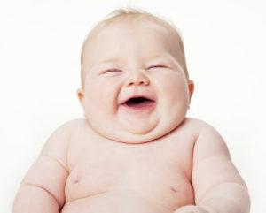 السمنة عند الاطفال الرضع اسبابها وطرق علاجها