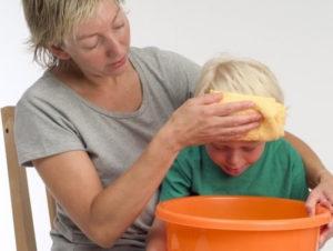 علاج الاستفراغ عند الاطفال بسبب البرد